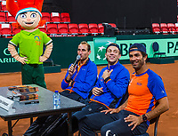 The Hague, The Netherlands, September 17, 2017,  Sportcampus , Davis Cup Netherlands - Chech Republic, Kids press-conference with Thiemo de Bakker (NED) Tallon Griekspoor (M) and Jean-Julien Rojer (R)<br /> Photo: Tennisimages/Henk Koster