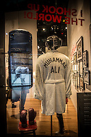 Washington- National Museum of African American History and Culture<br /> accappatoio di Muhammad Ali / Cassius Clay
