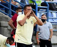 MONTERIA - COLOMBIA, 15-08-2021: Cesar Torres, tecnico de Jaguares de Cordoba F.C. durante partido entre Jaguares de Cordoba F. C. y Atletico Junior de la fecha 5 por la Liga BetPlay DIMAYOR I 2021, en el estadio Jaraguay de Monteria de la ciudad de Monteria. / Cesar Torres, coach of Jaguares de Cordoba F.C. during a match between Jaguares de Cordoba F.C. and Atletico Junior, of the 5th date for the Betplay DIMAYOR I 2021 League at Jaraguay de Monteria Stadium in Monteria city. / Photo: VizzorImage / Andres Lopez / Cont.
