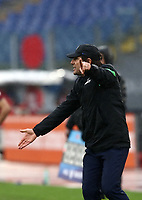 Football, Serie A: AS Roma -  FC Internazionale Milano, Olympic stadium, Rome, January 10, 2021. <br /> Inter's coach Antonio Conte speaks to his players  during the Italian Serie A football match between Roma and Inter at Rome's Olympic stadium, on January 10, 2021.  <br /> UPDATE IMAGES PRESS/Isabella Bonotto