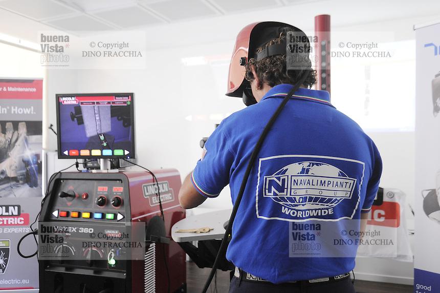 - Milano, finali del campionato italiano dei saldatori<br /> <br /> - Milan, finals of welders Italian championship
