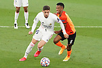 Real Madrid's Fede Valverde (l) and FC Shakhtar Donetsk's Marcos Antonio during UEFA Champions League match. October 20,2020.(ALTERPHOTOS/Acero)