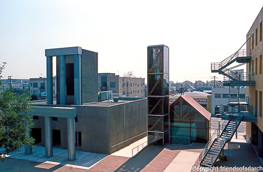 Frank Gehry: Loyola Law School, Los Angeles. Courtyard from balcony of main building; chapel in middle.  Photo '86.