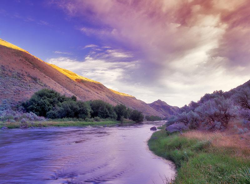 Sunrise on the Powder River. Oregon.