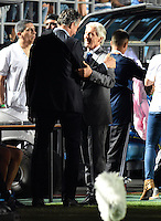 SAN JUAN- ARGENTINA-15-11-2016: Edgardo Bauza (Izq.), tecnico de Argentina, habla con Jose Pekerman (Der.) técnico de Colombia, durante partido entre los seleccionados de Argentina y Colombia por la fecha 12 válido por la clasificación a la Copa Mundo FIFA Rusia 2018, jugado en el Estadio San Juan del Bicentenario de la ciudad de San Juan. /  Edgardo Bauza (L), coach of Argentina, speaks with Jose Pekerman (R), coach of Colombia, during match between Argentina and Colombia for the date 12 valid for the  FIFA World Cup Russia 2018, Qualifier played at San Juan del Bicentenario Stadium in San Juan city. Photo: VizzorImage / Mario Garcia /Photogamma / Cont.