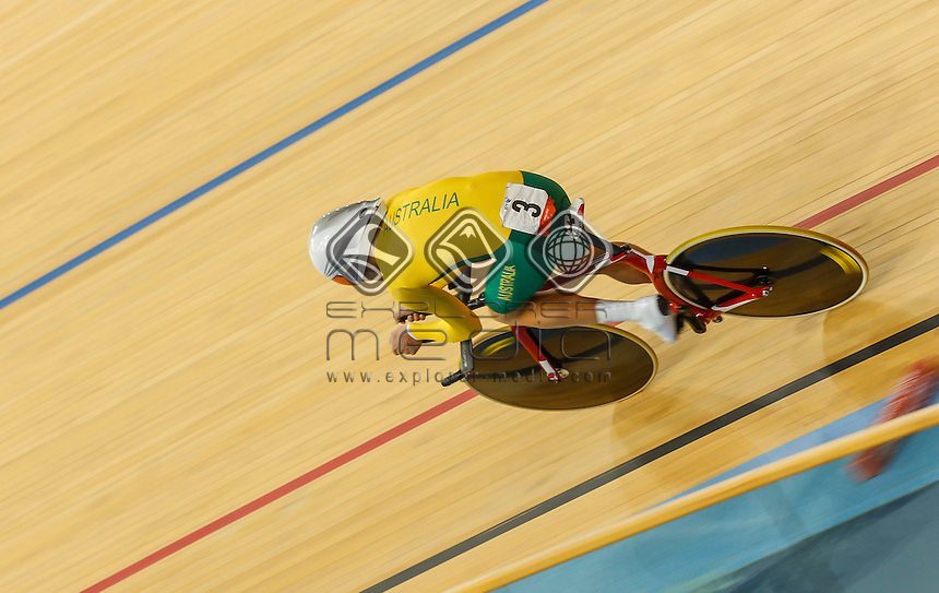 Michael Gallagher (AUS), storming to the lead in the Men's Individual Pursuit Gold Medal Final, Track Cycling (Sat 1 Sep) - Velodrome,Paralympics - Summer / London 2012, London, England 29 Aug - 9 Sept , © Sport the library/Greg Smith