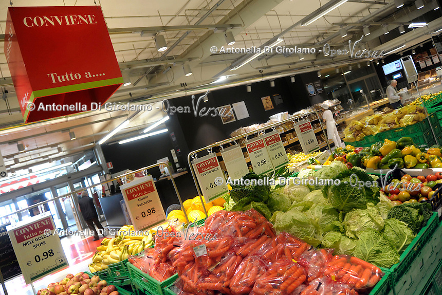 Offerte speciali.Special offers.<br /> Supermercato Coop.