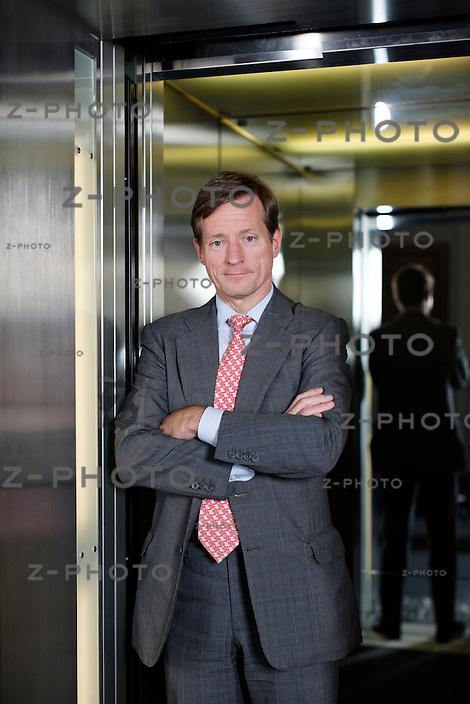 Interview mit Brady W. Dougan CEO von Credit Suisse im Hauptsitz am Paradeplatz 8 in Zuerich am 19. Juli 2012 ..Copyright © Zvonimir Pisonic..