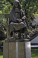 Europe/France/Auvergne/63/Puy-de-Dôme/Clermont-Ferrand: La statue de Blaise Pascal dans le square Louis Gemont