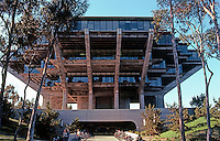 San Diego: U.C.S.D. Library, 1970. Wm. L. Pereira & Assoc. (Photo '81)