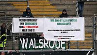 03.03.2018, Commerzbank - Arena, Frankfurt, GER, 1.FBL, Eintracht Frankfurt vs Hannover 96 , <br />Banner  -  Praesident Martin Kind (Hannover)  protest banner against hannover president Martin KIND,  *** Local Caption *** © pixathlon<br /> Contact: +49-40-22 63 02 60 , info@pixathlon.de