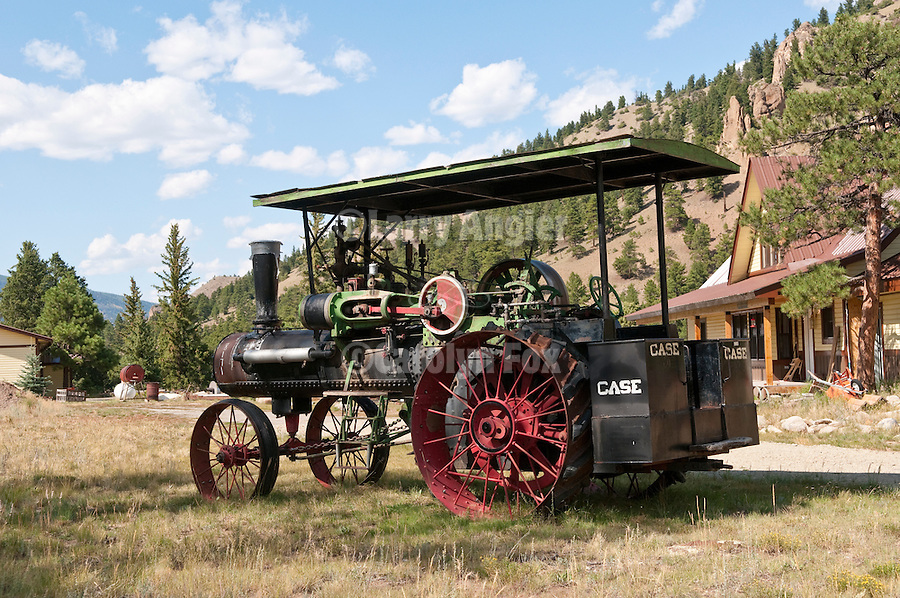 Case steam tractor from the 1910s (60-75 HP)