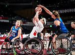 Tamara Steeves, Tokyo 2020 - Wheelchair Basketball // Basketball en fauteuil roulant.<br /> Canada takes on the USA in the wheelchair basketball quarterfinal // Le Canada affronte les États-Unis en quart de finale de basketball en fauteuil roulant. 31/08/2021.
