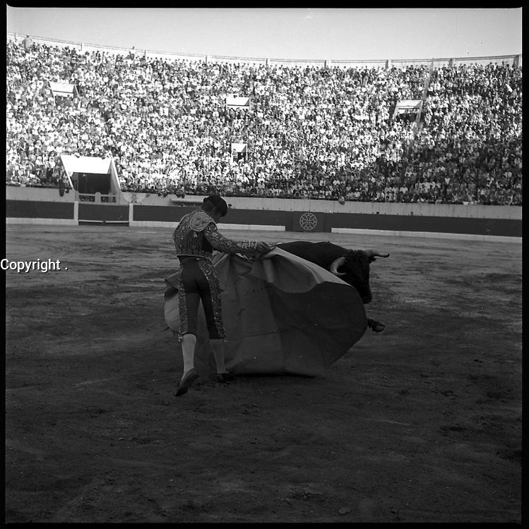 19 Septembre 1965. Vue de la corrida de El Cordobés dans les arènes de Toulouse.