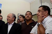 SAO PAULO, 04 DE JUNHO DE 2012 - SERRA PR - o deputado Tiririca e o vereador Agnaldo Timoteo em reuniao de apoio politico ao candidato Jose Serra na sede do Partido da Republica. na Avenida Republica do Libano, regiao sul da capital, na tarde desta segunda feira. FOTO: ALEXANDRE MOREIRA - PHOTO PRESS