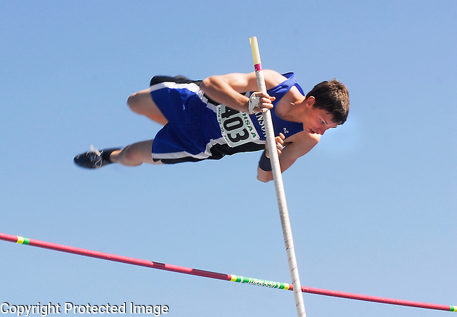 Inertia Photo/Dick Kettlewell:  Andrew Gross of Hanson clears the bar with plenty of room to spare.