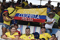 BARRANQUILLA - COLOMBIA - 05-09-2017:  Hinchas de Colombia animan a su equipo durante partido entre Colombia y Brasil por la fecha 16 de la clasificatoria a la Copa Mundial de la FIFA Rusia 2018 jugado en el estadio Metropolitano Roberto Melendez en Barranquilla. / fans of Colombia cheer for their team during the match between Colombia and Brazil for the date 16 of the qualifier to FIFA World Cup Russia 2018 played at Metropolitan stadium Roberto Melendez in Barranquilla. Photo: VizzorImage/ Gabriel Aponte / Staff