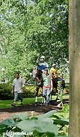 Bryan's Jewel before The John W. Rooney Memorial Stakes at Delaware Park on 6/8/13