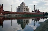 Taj Mahal erbaut ab 1631 von Shah Jahan in Agra, Uttar Pradesh, Indien, Unesco-Weltkulturerbe