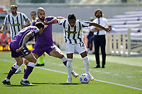 Alex Sandro of Juventus  amrabat of Fiorentina during the  italian serie a soccer match,Fiorentina - Juventus at  theStadio Franchi in  Florence Italy ,