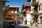 Switzerland, Canton Valais, Evolène: village at valley Val d'Hérens - centre | Schweiz, Kanton Wallis, Evolène: Dorf im Val d'Hérens (Eringertal) - Ortszentrum