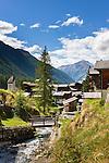 Switzerland, Canton Valais, Blatten (Loetschen) im Loetschental: village upon river Lonza | Schweiz, Kanton Wallis, Blatten (Loetschen) im Loetschental: Dorf im oberen Teil des Tales am Fluss Lonza