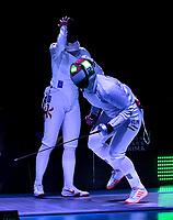 BOGOTA – COLOMBIA – 28 – 05 – 2017: Emese Szasz-Kovacs (Der.) de Hungria, celebra la victoria sobre Man Wai Vivian Kong (Izq.) de Hong Kong, durante la Final de Damas Mayores Epee del Gran Prix de Espada Bogota 2017, que se realiza en el Centro de Alto Rendimiento en Altura, del 26 al 28 de mayo del presente año en la ciudad de Bogota.  / Emese Szasz-Kovacs (R) from Hungary, celebrate the victory over Man Wai Vivian Kong (L) from Hong Kong, during the Final Senior Women´s Epee of the Grand Prix of Espada Bogota 2017, that takes place in the Center of High Performance in Height, from the 26 to the 28 of May of the present year in The city of Bogota.  / Photo: VizzorImage / Luis Ramirez / Staff.