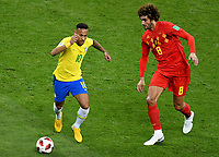 KAZAN - RUSIA, 06-07-2018: NEYMAR (Izq) jugador de Brasil disputa el balón con Marouane FELLAINI (Der) jugador de Bélgica durante partido de cuartos de final por la Copa Mundial de la FIFA Rusia 2018 jugado en el estadio Kazan Arena en Kazán, Rusia. / NEYMAR (L) player of Brazil fights the ball with Marouane FELLAINI (R) player of Belgium during match of quarter final for the FIFA World Cup Russia 2018 played at Kazan Arena stadium in Kazan, Russia. Photo: VizzorImage / Julian Medina / Cont