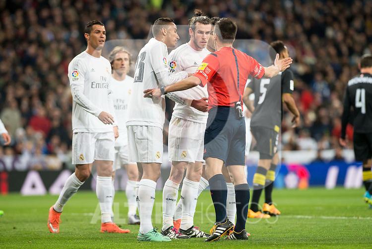 Real Madrid's Cristiano Ronaldo, Gareth Bale and Danilo da Silva protesting the referee after a penalty whistle during La Liga match. March 20,2016. (ALTERPHOTOS/Borja B.Hojas)