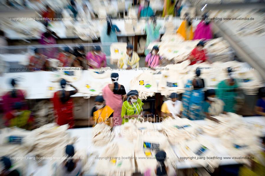 INDIA Miraj , factory Esteam produce fair trade cotton bags for discounter like Lidl / INDIEN Miraj , Textilfabrik Esteam fertigt u.a. fuer Lidl fairtrade Baumwolltaschen