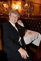 2007 -  Soeur Angele