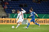 Thorsten Oehrl (Augsburg) gegen Sebastian Rudy (Hoffenheim)
