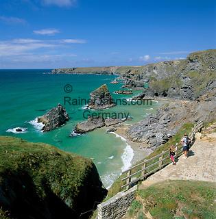 United Kingdom, England, Cornwall, Near Newquay: Bedruthan Steps, cliffs at Cornwall's north coast | Grossbritannien, England, Cornwall, bei Newquay: Bedruthan Steps, Klippen an Cornwalls Nordkueste