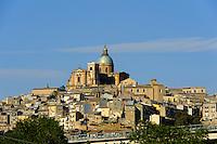 Blick auf Piazza Armerina, Sizilien, Italien