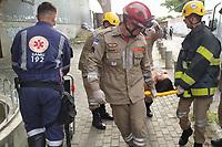 Recife (PE), 18/02/2020 - Acidente-Recife - Pessoas sao socorridas apos dois trens da Linha Centro do Metro do Recife colidirem no comeco da manha desta terca-feira (18), na Estacao Ipiranga, de acordo com a Companhia Brasileira de Trens Urbanos (CBTU). As 6h50, o Corpo de Bombeiros informou que ja havia socorrido cerca de 30 pessoas com ferimentos, todos sem gravidade. Devido ao acidente, toda a Linha Centro foi paralisada. (Foto: Bruno Lafaiete/Codigo 19/Codigo 19)