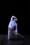 STREET DANCE CLUB<br /> <br /> Chorégraphie : Andrew Skeels<br /> Avec les danseurs Noémie Ettlin, Steven Valade, Jérôme Fidelin, Christine Rotsen, Marie Marcon, Victor Virnot et Megan Deprez.<br /> Musique originale : Antoine Hervé<br /> Lumières : Pascal Mérat<br /> Costumes : On aura tout vu<br /> Cadre : Festival Suresnes Cités Danse 2016<br /> Lieu : Théâtre de Suresnes Jean Vilar<br /> Ville : Suresnes<br /> Date : 14/01/2016<br /> © Laurent Paillier / photosdedanse.com