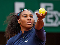Paris, France, 03 June, 2016, Tennis, Roland Garros, Semifinal women, Kiki Bertens (NED) Serena Williams (USA) in her match against Kiki Bertens (NED)<br /> Photo: Henk Koster/tennisimages.com