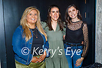 Enjoying the evening in Benners on Friday, l to r: Maggie Walsh, Aisling McCarthy and Niamh Callaghan.