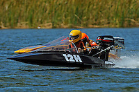 23-V and Grant Hearn (12-H) (runabout)....Stock  Outboard Winter Nationals, Ocoee, Florida, USA.13/14 March, 2010 © F.Peirce Williams 2010