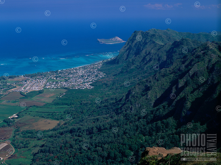 View from the top of the Koolau Mountains, Oahu, Hawaii