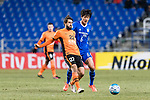 Ulsan Hyundai Midfielder Jeong Jae Yong (R) fights for the ball with Brisbane Roar Midfielder Thomas Broich (L) during the AFC Champions League 2017 Group E match between Ulsan Hyundai FC (KOR) vs Brisbane Roar (AUS) at the Ulsan Munsu Football Stadium on 28 February 2017 in Ulsan, South Korea. Photo by Victor Fraile / Power Sport Images