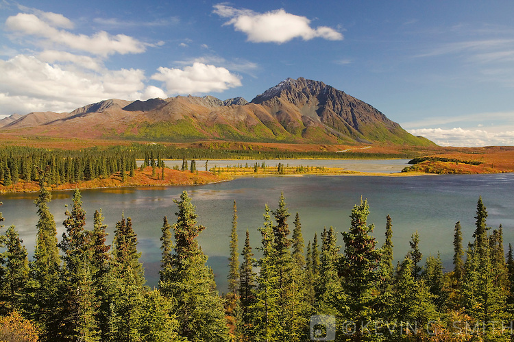 The Susitna river where it crosses the Denali Highway, fall, Alaska, USA.