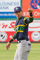 Beloit Snappers infielder Edwin Diaz (4) prior to a Midwest League game against the Wisconsin Timber Rattlers on May 30th, 2015 at Fox Cities Stadium in Appleton, Wisconsin. Wisconsin defeated Beloit 5-3 in the completion of a game originally started on May 29th before being suspended by rain with the score tied 3-3 in the sixth inning. (Brad Krause/Four Seam Images)