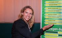 09-02-11Tennis, Rotterdam, ABNAMROWTT,   Kidsplaza, Tennisplaza, Loting, Esther Vergeer