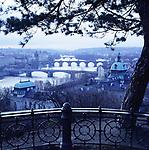 Tschechien, Boehmen, Prag: winterliche Stimmung ueber der Moldau | Czech Republic, Bohemia, Prague: view over Vltava River in winter