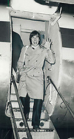 1981 FILE PHOTO - ARCHIVES -<br /> <br /> Bouncy Czech: Jeri Crha, winning goaltender in Leafs last-ditch battle to win a playoff berth gives a cheery wave early this morning at Malton airport as the Leafs flew home by charter from their 4-2 win over Quebec Nordiques last night. Now they face New York Islanders.<br /> <br /> 1981<br /> <br /> PHOTO :  Doug Griffin - Toronto Star Archives - AQP