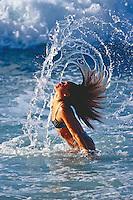 700-21532.© Dale Sanders.Woman in Water / Surf, Hawaii, USA Model release