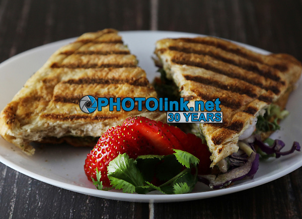Toasted Grilled Shrimp Sandwich with Guacamole <br /> Photo By Adam Scull/PHOTOlink.net