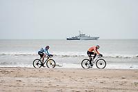 Mathieu Van der Poel (NED/Alpecin-Fenix) & Wout van Aert (BEL/Jumbo-Visma) fighting for the World Title on the beach<br /> <br /> UCI 2021 Cyclocross World Championships - Ostend, Belgium<br /> <br /> Elite Men's Race<br /> <br /> ©kramon