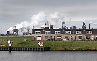 Nederland -  IJmuiden - 2019.    Wonen op Sluiseiland, onder de rook van Tata Steel.  Foto Berlinda van Dam / Hollandse Hoogte